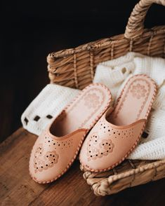 Have you seen our lovely Heart leather slippers? The sole is low and flat, it is also made of natural leather, which does not scratch the surface, which is popular mainly with people who have wooden floors at home. The bottom is stiffened and slightly raised on a wooden wedge. Check out our website for more details onaie.com #handmadewithlove #handmadeslippers #handcrafted #handmadegifts #makersgonnamake #madebyhand #makersgunnamake #handmadelife #buydifferently Ladies Sheepskin Slippers, Leather Slippers, Natural Leather, Bohemian Summer, Slip On Mules, Summer Looks, A Team, Snug Fit, Hand Sewing