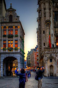 Pedestrian zone around the Grote Markt/ Grand-Place, Brussel/Brussels, Belgium