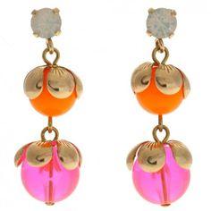 Das beliebte Label Rio Berlin hat mit diesen vergoldeten Ohrhängern in Neon-Pink und Orange eine tolle Ergänzung zu deinen romantischen Styles entworfen. Jetzt versandkostenfrei bei melovely.de