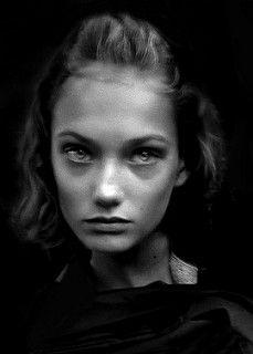Girl On Bus 2 | von .Betina.