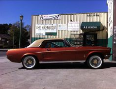 Ford Mustang Convertible, Old School Cars, Home Team, Mustangs, Cars And Motorcycles, Mercury, Creative Ideas, Schools, Chevy