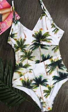 A dream vacation deserves the equally dreamy swimsuit .Come on,girls. Shop it today at an amazing price at WealFeel.com !