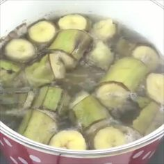 This Green Banana Mixture Will Control Diabetes And Reduce Your Weight And Cholesterol Levels Healthy Smoothies, Healthy Drinks, Healthy Snacks, Green Smoothies, Diet Recipes, Cooking Recipes, Healthy Recipes, Green Banana, Health Diet
