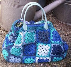 i different colours though... Crochet bag