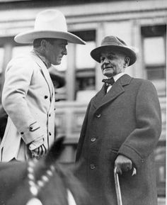 Thousands gather to see cowboy movie star Tom Mix in Omaha in 1928