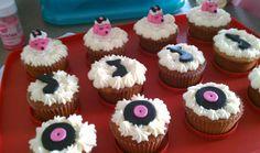 sock hop cupcakes