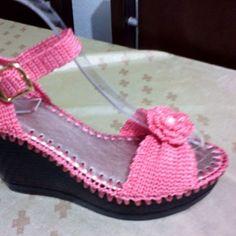 Картинки по запросу sandalias de plataforma en crochet
