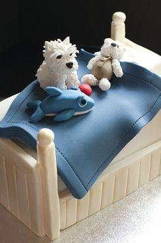 Cama con los juguetes favoritos del benjamín de la casa,en pastel!!!!!
