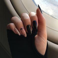 Black and pink nails, accessories - ChicLadies. Purple Nails, Matte Nails, Black Nails, Glitter Nails, Halloween Acrylic Nails, Fall Acrylic Nails, Fancy Nails, Pretty Nails, Almond Acrylic Nails