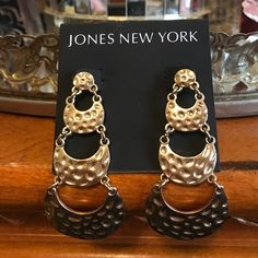 💕Jones New York Gold Tone 3 Hoop Earrings Beautiful Gold Tone 3 Hoop Long DanglingEarrings. In mint condition. I ship with in 24 hours M-F. I am a motivated seller and if you have any questions please ask. ☝🏻️😍🎁🌹😄❤️💍 Dassel boutique Jewelry Earrings