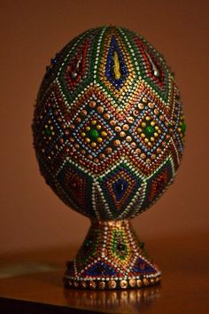 (75) Одноклассники Glass Bottle Crafts, Bottle Art, Egg Crafts, Easter Crafts, Beaded Ornaments, Christmas Ornaments, Egg Shell Art, Eggshell Paint, Egg Designs