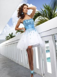 2012 Style A-line Sweetheart  Applique  Sleeveless Short / Mini  Tulle  White Cocktail Dress / Homecoming Dress
