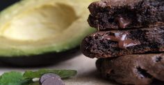 Chocolate Avocado Cookies FILLED With Cancer-Fighting, Waistline-Busting Ingredients