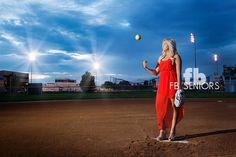 Sierra, high school senior pictures, softball star, pitcher's mound.  ©Fabiana Beatriz Photography