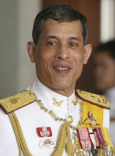 His Majesty King Bhumibol Adulyadej, Rama IX and  King Maha Vajiralongkorn, Bodindradebayavarangkun, Rama X , 2 Kings of Thailand. https://islandinfokohsamui.com/2016/11/30/rama-x-prince-maha-vajiralongkorn-was-born-on-28th-july-1952/