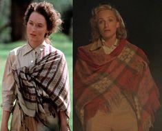 """Meryl Streep #Versus Kristin Scott Thomas Dos mujeres y un país en común: África.  Meryl Streep (izda) en """"Memorias de África"""" (1985) con vestuario de Milena Canonero. Kristin Scott Thomas (drcha) en """"El paciente inglés"""" (1996) vestida por Ann Roth. Ambas, con atuendo de estilo safari, portan una prenda común: un poncho o manto que reafirma su vínculo con África 🐅🌳🐘🌳🐊"""