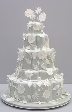 Like the two-toned cake. Perhaps another color instead of light grey - light green? cream?     colette's cakes | decorative cakes for all occasions