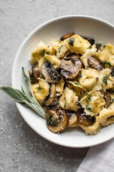 This easy sage butter pasta recipe transforms grocery store tortellini! Butter, mushrooms, crispy sage, and fresh parmesan take cheese tortellini from boring to gourmet. The butter sage sauce is totally delicious, and it's ready in Sage Butter Pasta, Sage Butter Sauce, Butter Cheese, Butter Oil, Butter Recipe, Vegan Butter, Garlic Butter, Pasta Recipes, Gourmet Recipes