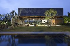 Blatman-Cohen Architects design a new house