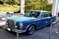 メルセデス・ベンツ600リムジン W100型。1970年当時で1451万円で発売されていたモデル。100周年記念に合せてレストアを行ってきたそうで、展示されていたザ・プリンスパークタワー東京のエントランスまで自走してきたそうだ