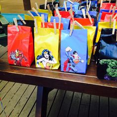 Isleys Superhero 5th Birthday Favor Bags, ( Ironman, Wonderwoman, Superman, Hulk ) ❤️