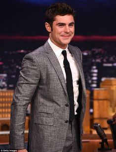 Zac Efron describes 'riding' tiger shark in Hawaii on The Tonight Show #dailymail