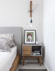 6 Sublime Cool Tips: Floating Shelves Entryway West Elm floating shelves bar ikea hacks.Floating Shelves Next To Tv Interior Design floating shelf laundry coat racks.Floating Shelves Different Sizes Glasses. Home Bedroom, Diy Bedroom Decor, Bedroom Furniture, Home Furniture, Diy Home Decor, Furniture Design, Furniture Ideas, Bedroom Table, Furniture Stores