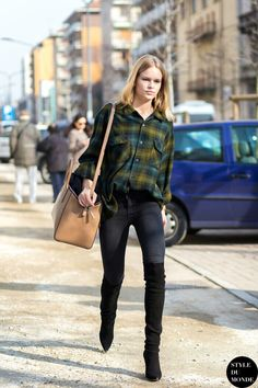 11 flannel outfits to wear all winter long who what wear uk Anna Ewers, Street Style 2016, Model Street Style, Street Chic, Street Wear, Farm Fashion, Fashion Week, Teen Fashion, Plaid Fashion