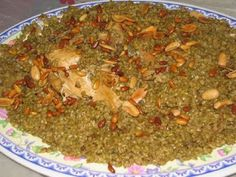 Chicken Freekeh The most delicious arab food recipes. Middle East Food, Middle Eastern Dishes, Middle Eastern Recipes, Lebanese Recipes, Turkish Recipes, Lebanese Cuisine, Arabic Recipes, Syrian Recipes, Chinese Recipes