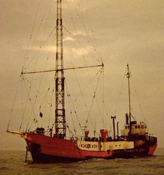 Radios, Free Radio, Old Time Radio, Hams, North Sea, Towers, Veronica, Coaster, Ship
