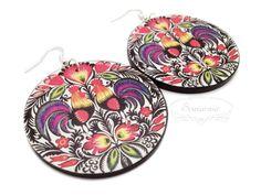 Decoupage folk earrings Wooden Jewelry, Decoupage, Folk, Decorative Plates, Earrings, Home Decor, Ear Rings, Stud Earrings, Decoration Home