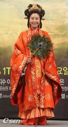 Korean Traditional, Traditional Clothes, Traditional Fashion, Dong Yi, Historical Clothing, Reign, Drama, Costumes, Weddings