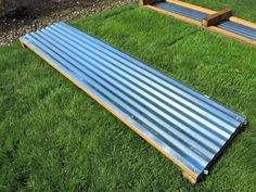 New garden boxes raised beds corrugated metal 30 Ideas Metal Raised Garden Beds, Raised Flower Beds, Building A Raised Garden, Raised Beds, Potager Garden, Garden Planters, Garden Landscaping, Landscaping Design, Corrugated Metal