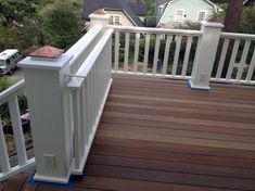 Best Gate For Front Porch Ideas — Elbrusphoto Porch and Landscape Ideas Bestes Tor für Veranda-Ideen Porch Gate, Deck Gate, Deck Railings, Front Porch, Cool Deck, Diy Deck, Gate Design, Deck Design, Backyard Gates