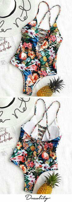 65+ Attractive Fashion Ideas For Teens – Sassy Lady Trendy Swimwear, Cute Swimsuits, Ropa Interior Boxers, Retro Stil, Bikini Photos, Bikini Beach, One Piece Swimwear, Bikinis Online, Monokini