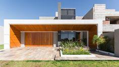 안으로 빨려 들어갈 것 같은 선명한 공간감을 주는 집 (출처 Jihyun Hwang)