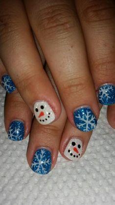 What Christmas manicure to choose for a festive mood - My Nails Christmas Nail Polish, Xmas Nail Art, Nail Art For Kids, Cute Christmas Nails, Christmas Manicure, Xmas Nails, Christmas Nail Designs, Cute Nail Art, Halloween Nail Art