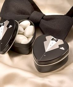 Dressed to the Nines - Tuxedo Mint Tin http://www.1weddingsource.com/store/index.php/dressed-to-the-nines-tuxedo-mint-tin