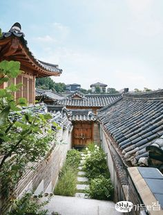 Korean Traditional, Traditional House, Asian House, Beautiful Places, Beautiful Pictures, City Aesthetic, Architecture Old, Background Pictures, Beautiful Landscapes