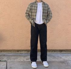 Indie Outfits, Retro Outfits, Boy Outfits, Vintage Outfits, Vintage Fashion Men, Mens Sweater Outfits, Trendy Mens Fashion, Flannel Outfits, Korean Fashion Men