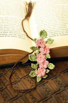 Rosa acessórios em tricô & crochê: Marcador de Página