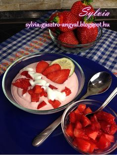 Eper krémleves – Sylvia Gasztro Angyal Fruit Salad, Food And Drink, Yogurt, Fruit Salads