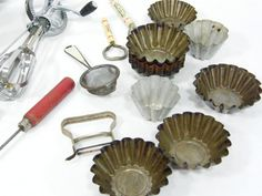 Listed as primitive kitchenware, am thinking i have all but hand mixer (having a whisk) in kitchen drawer.  Lol