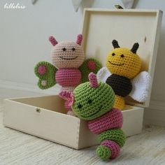 Bug rattles – pattern  ✿Teresa Restegui http://www.pinterest.com/teretegui/✿