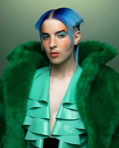 Dorian Electra is on a mission to make pop music fun again Queer Fashion, Fashion Outfits, Pretty People, Beautiful People, Avant Garde Hair, Drag King, Body Poses, Cool Hair Color, Celebs