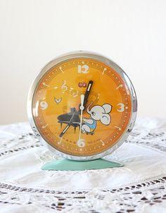 Vintage table clock Animated elephant clock by VintageCorner42