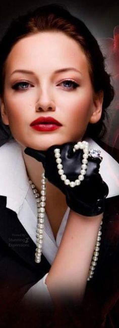 . Pearl And Lace, Pearl White, She's A Lady, Luxe Life, Fabulous Nails, Vintage Beauty, Black N White, Classy, Glamour