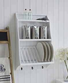 White kitchen plate rack for dinner plates with shelves and hooks