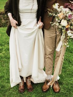 Scarpe da Sposa! Trend 2019 - WOMEN Italia Khaki Pants, Groom, Autumn, Legs, Bride, Boots, Fashion, Italia, Wedding Bride