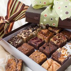 Baby Brownies Sweet Sixteen Gift Box by Brownie Points Salted Chocolate, Chocolate Brownies, Homemade Chocolate, Brownie Packaging, Dessert Packaging, Gift Packaging, Brownies Without Butter, No Bake Brownies, Sweet Sixteen Gifts